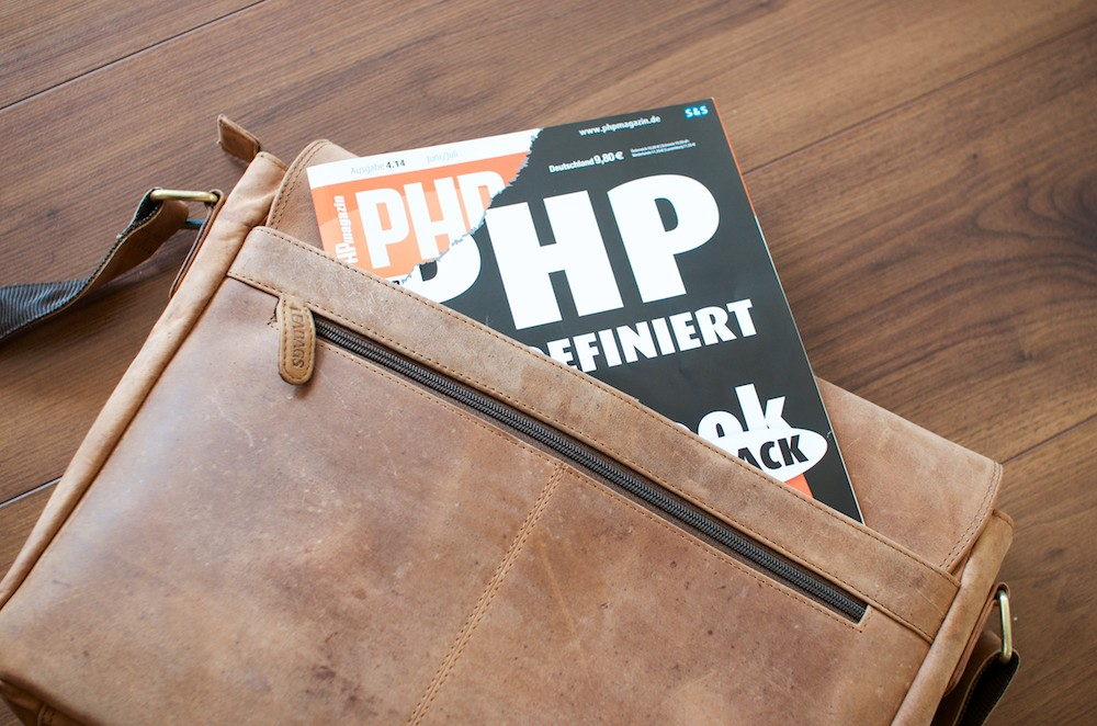 Leabags Messenger Bag hinten